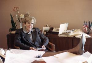 Mary McIntire, 1987