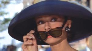 Audrey_Hepburn_Tiffanys_3